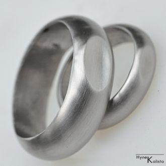 Kované nerezové snubní prsteny - s ozdobou (Kované nerezové snubní prsteny - s ozdobou)
