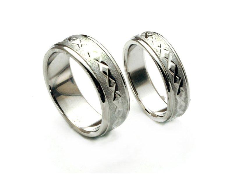 Snubní prsteny se vzorem uprostřed Tecali-TLJR2347 (Ocelové snubní prsteny se vzorem uprostřed