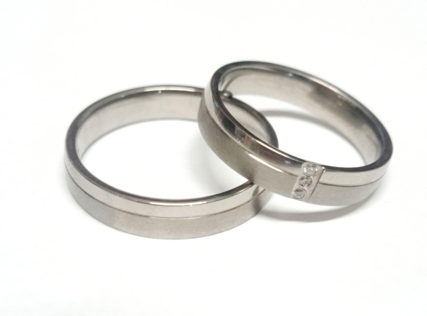 Snubní Titanové prsteny JT021